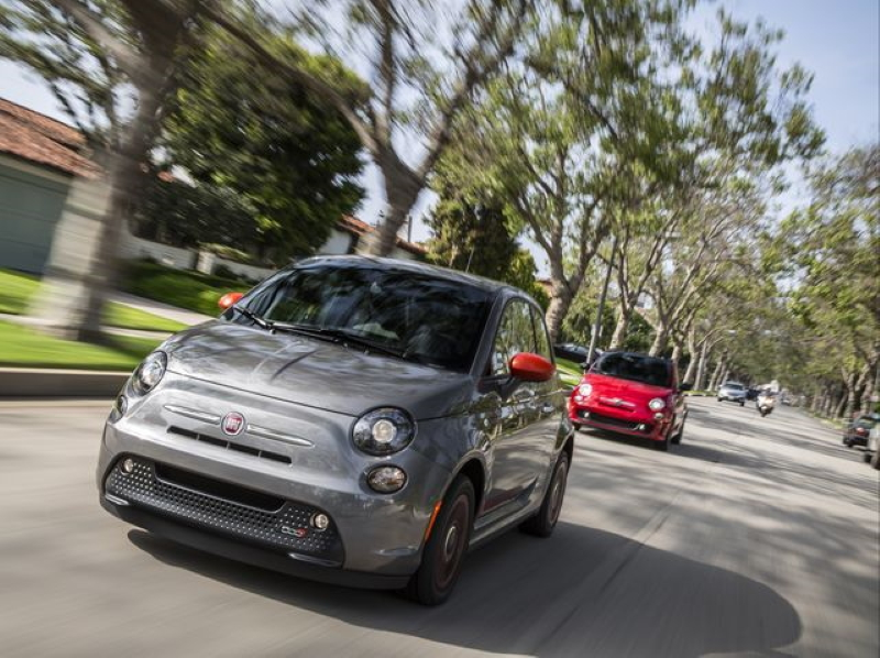 2019 Fiat 500e electric car