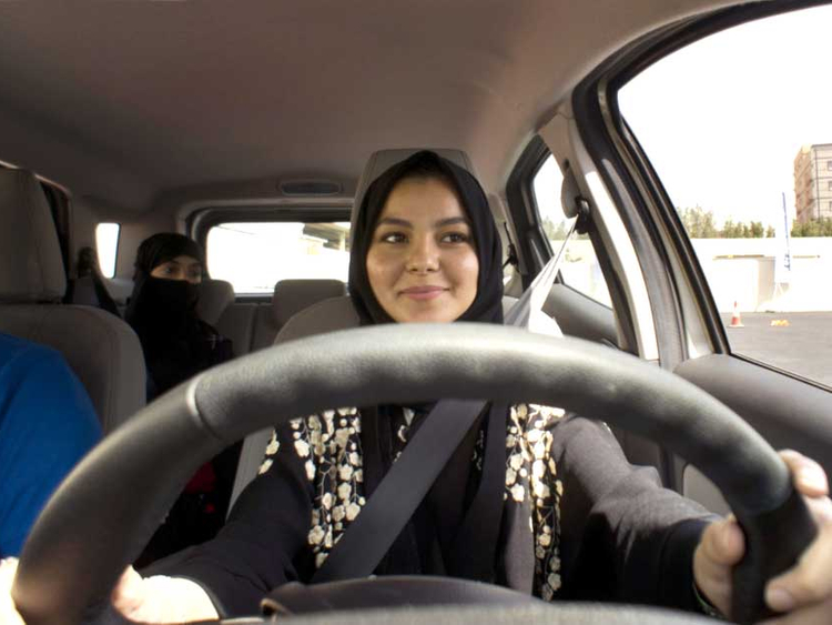 women drivers in dubai